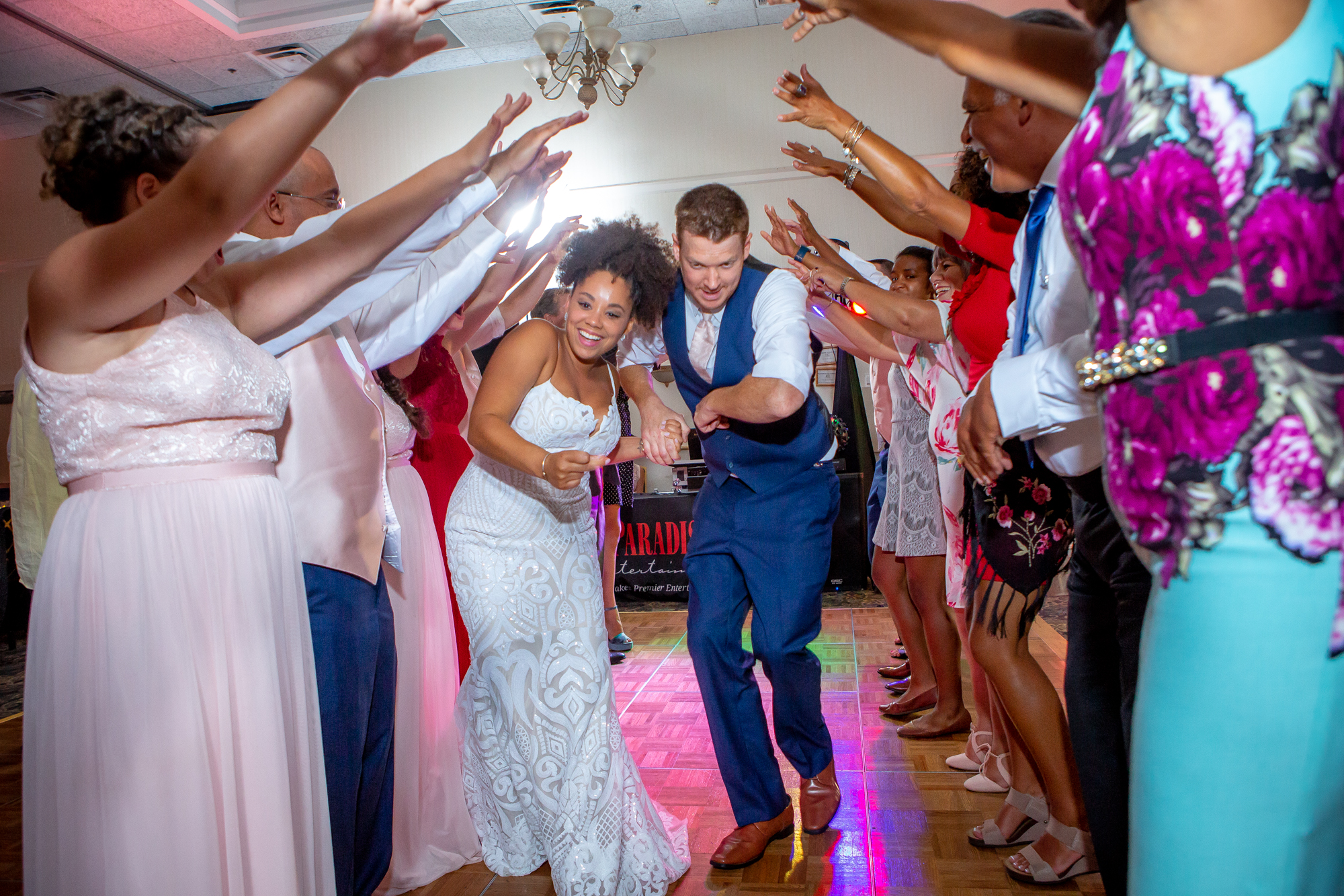Ramada-Inn-Geneva-NY-Wedding-8799.jpg