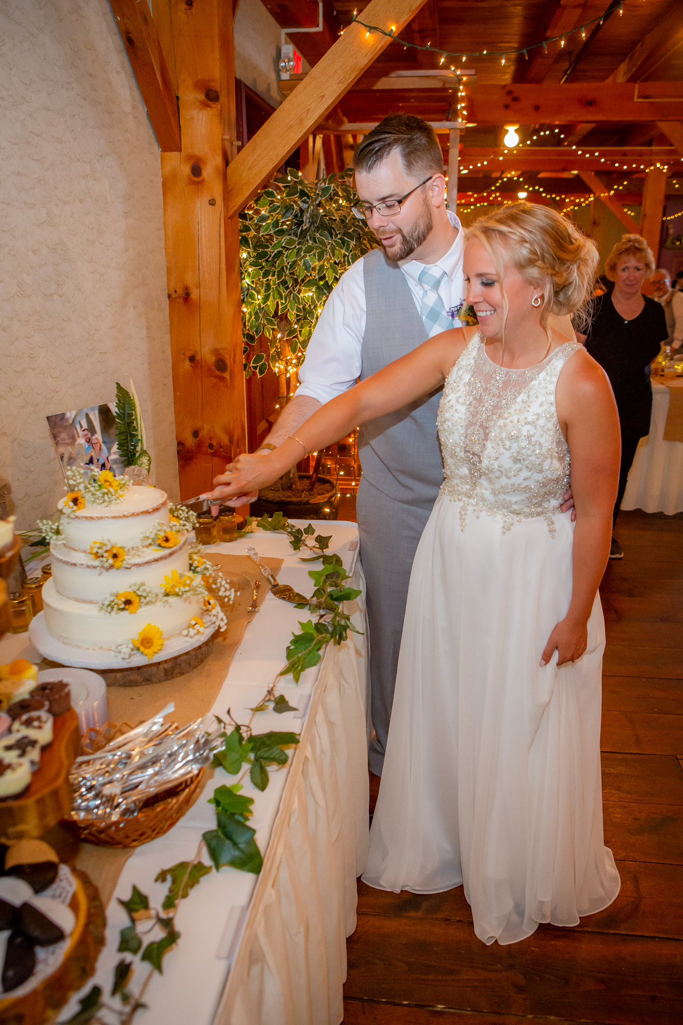 Wedding-Carriage-House-Oneonta-NY-1012.jpg