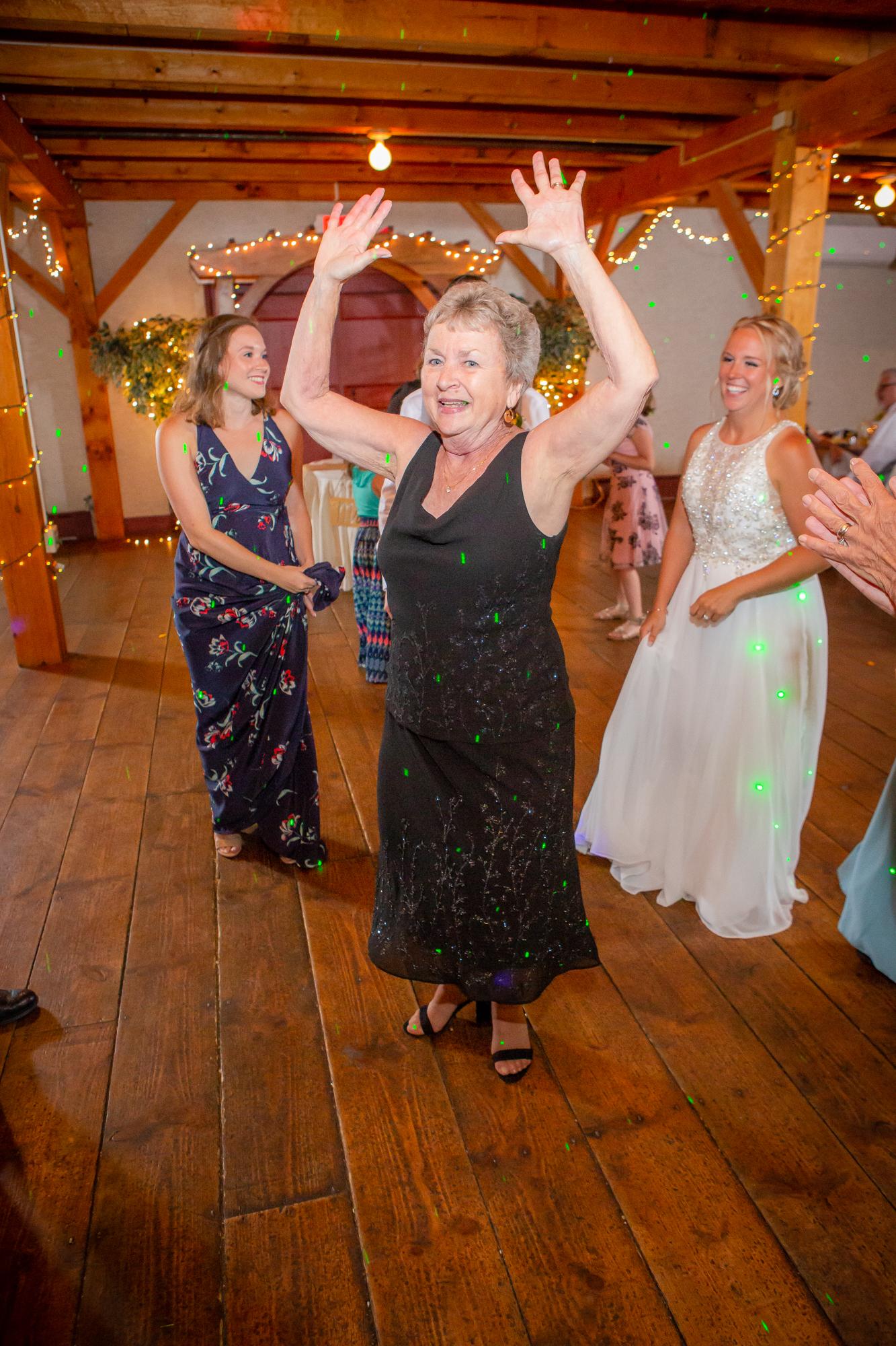 Wedding-Carriage-House-Oneonta-NY-1079.jpg