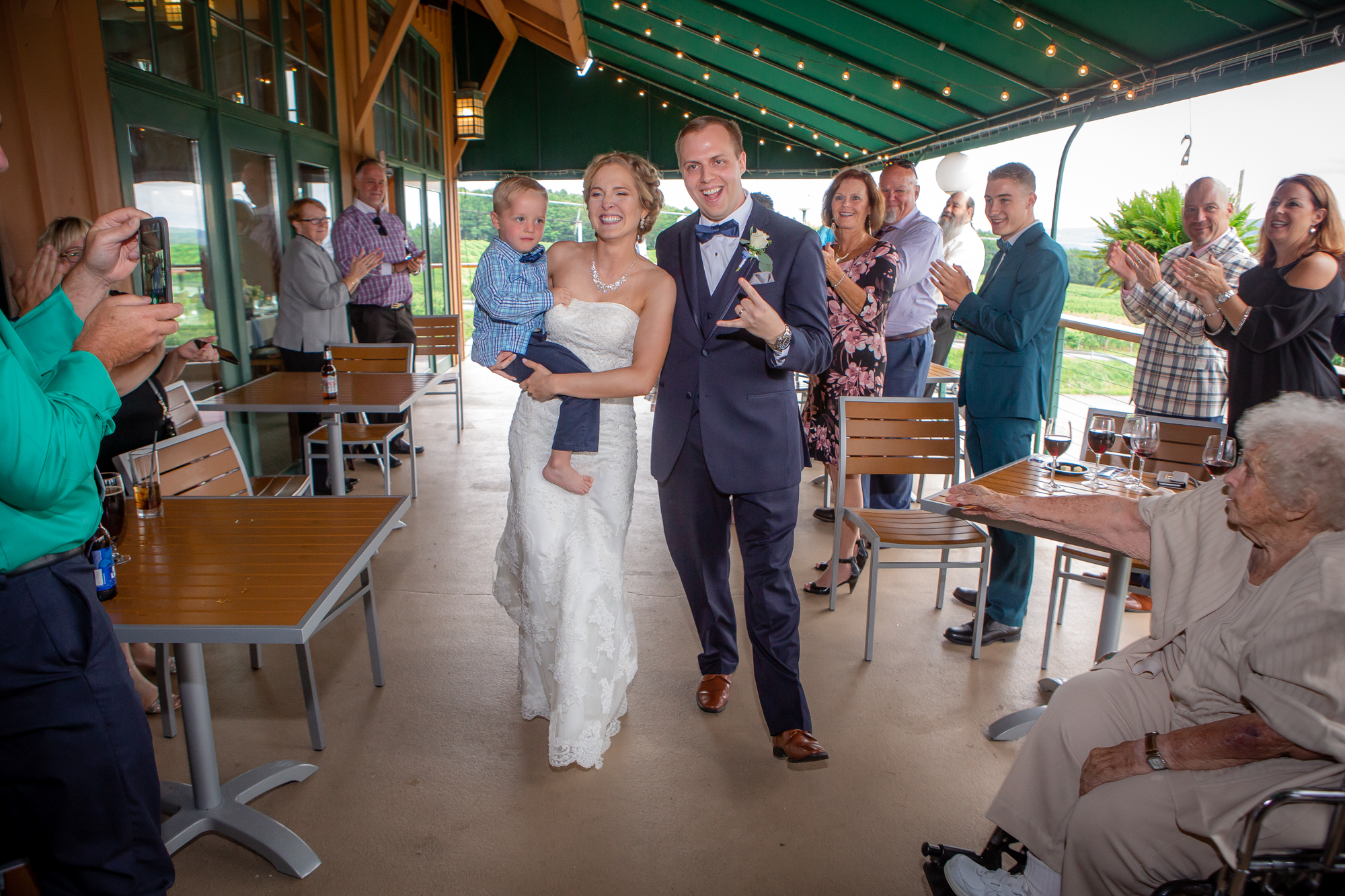 Glenora-Wine-Cellars-Dundee-NY-Wedding-Photography-Joe-Hy