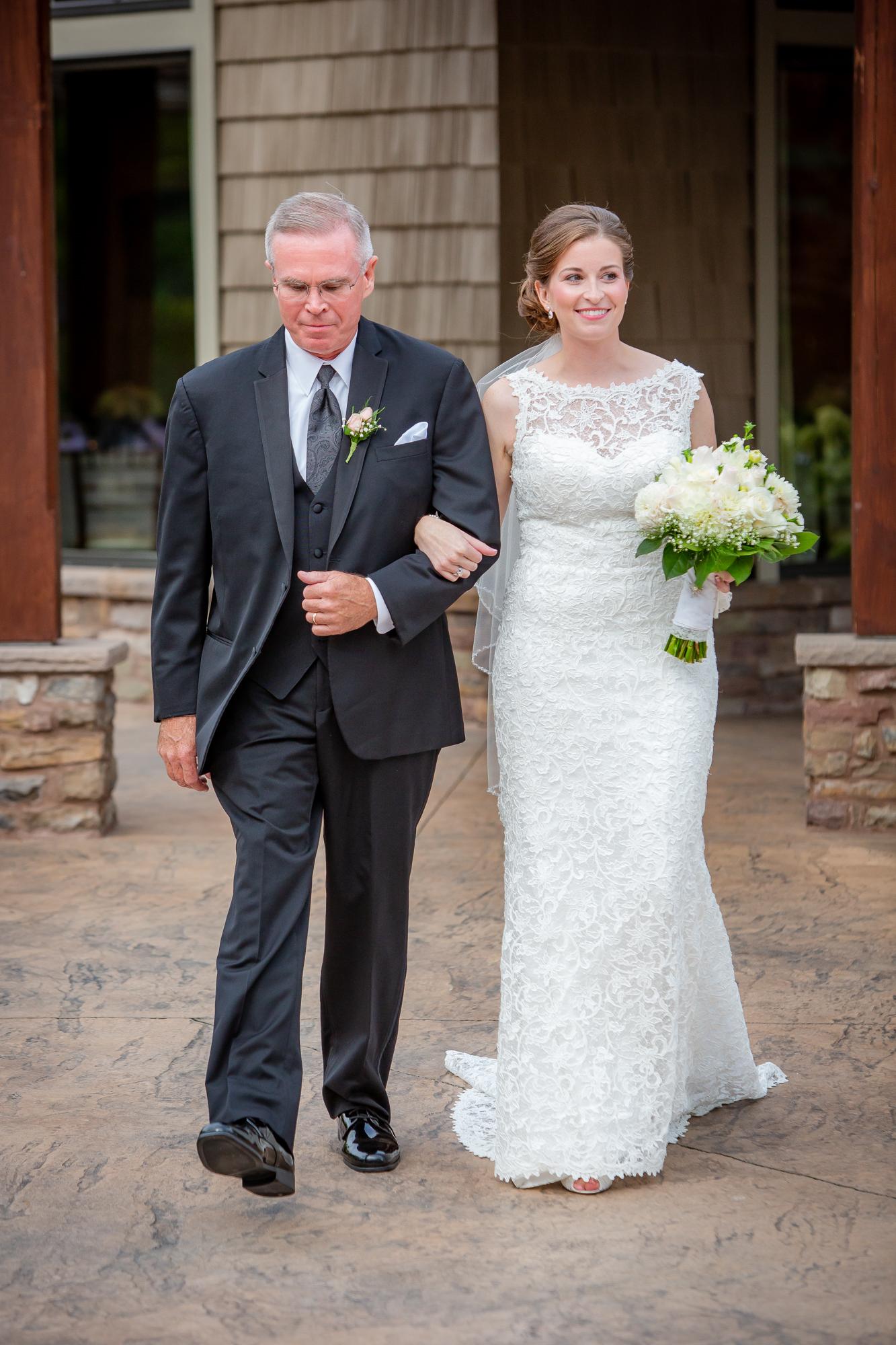 Deerfield-Country-Club-Wedding-5659.jpg