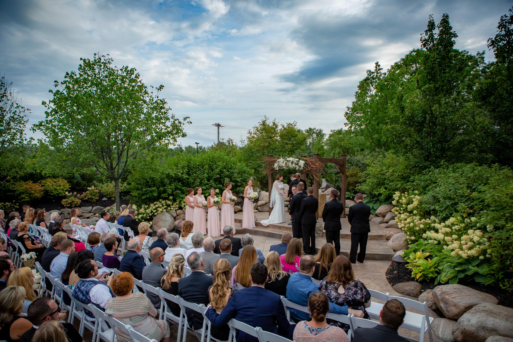 Deerfield-Country-Club-Wedding-5719.jpg