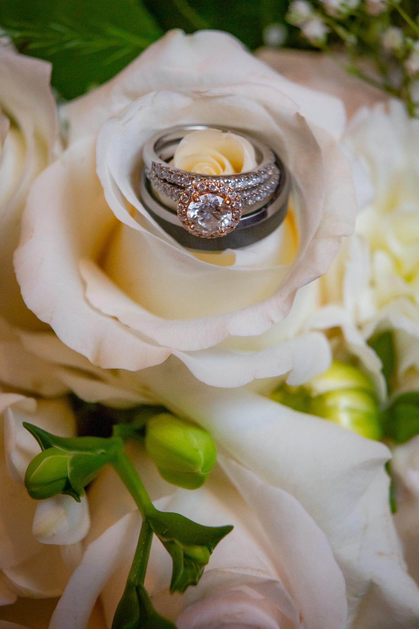 Deerfield-Country-Club-Wedding-6409.jpg