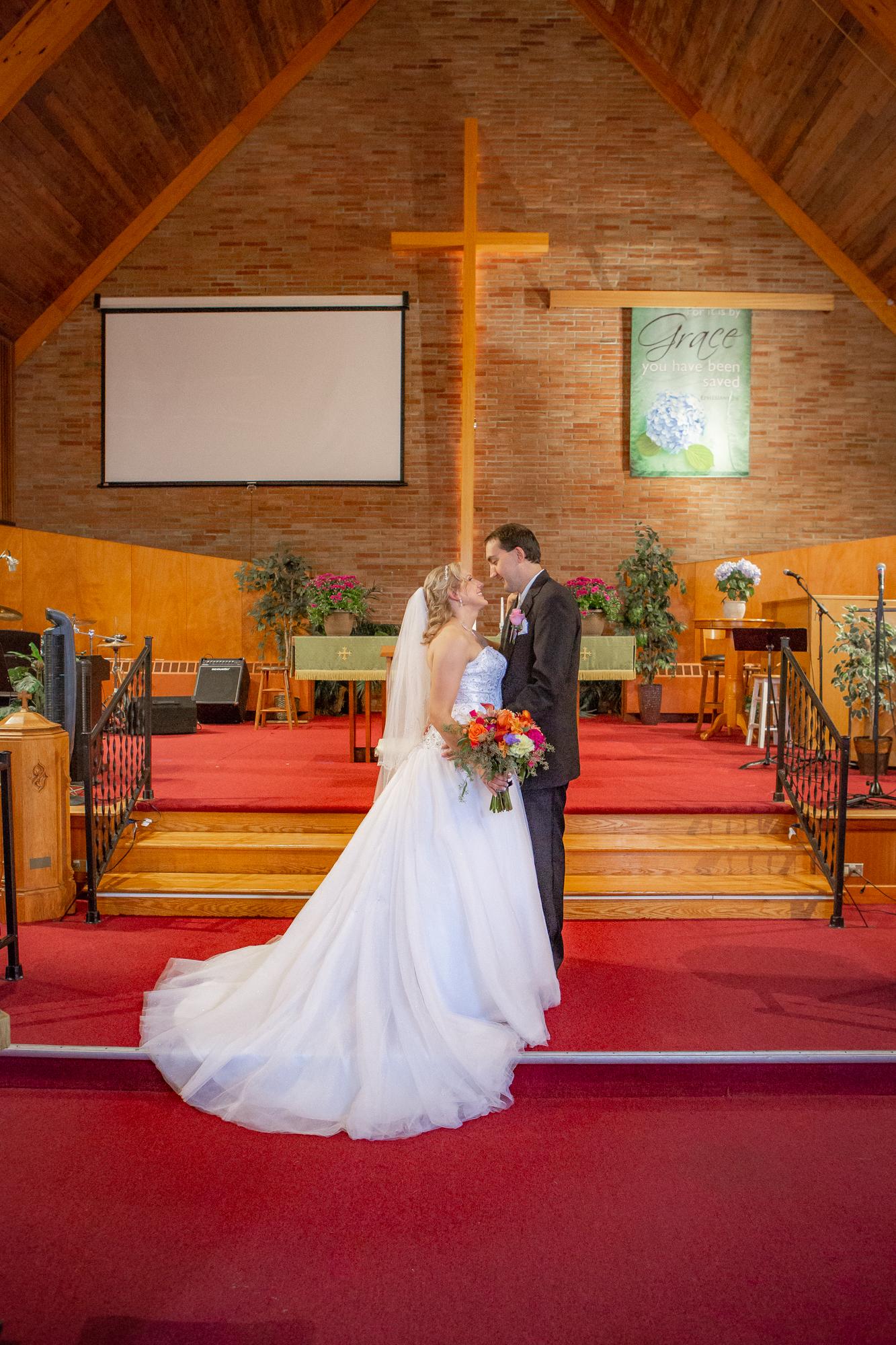 Holiday-Inn-Elmira-NY-Wedding-7933.jpg