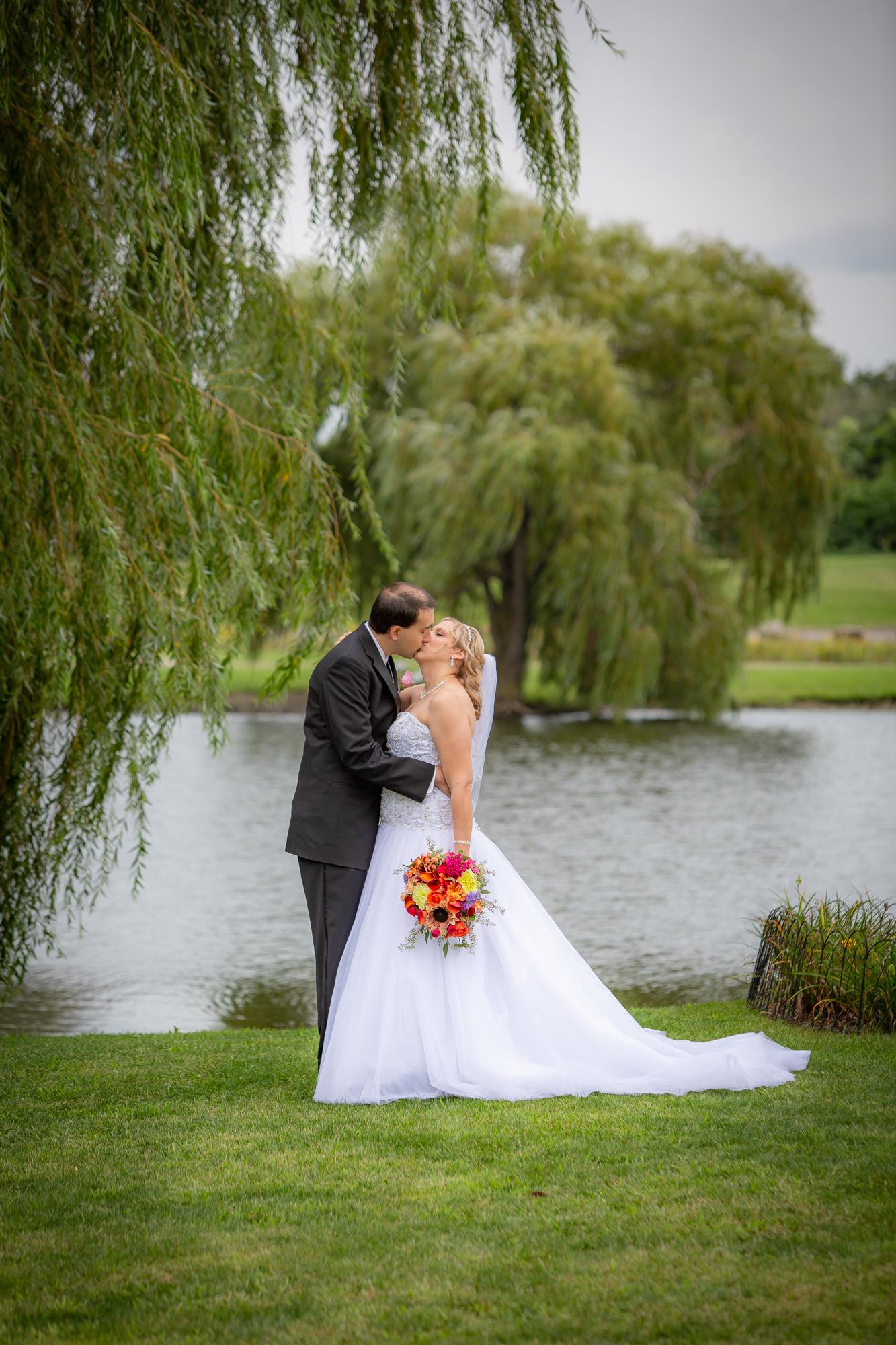 Holiday-Inn-Elmira-NY-Wedding-7998.jpg
