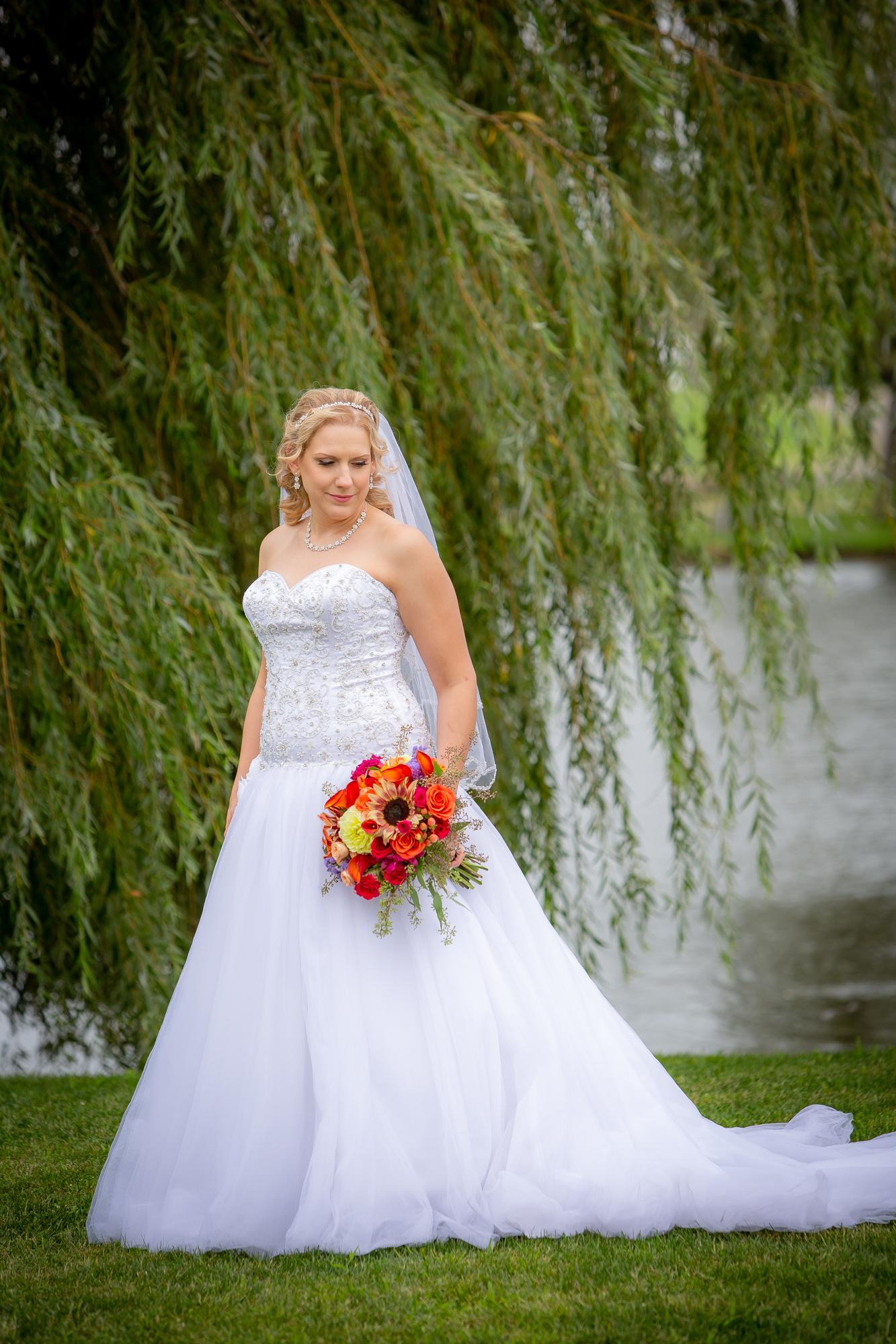 Holiday-Inn-Elmira-NY-Wedding-8017.jpg