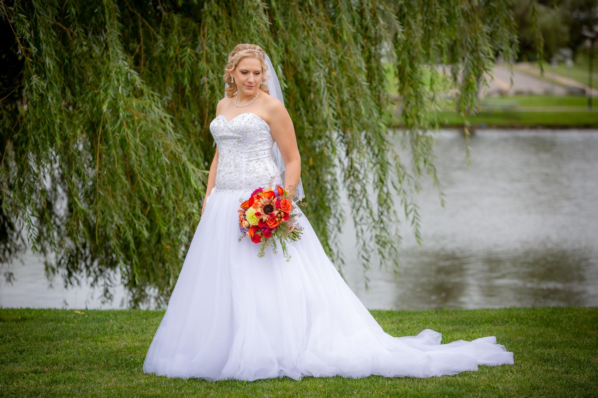 Holiday-Inn-Elmira-NY-Wedding-8018.jpg