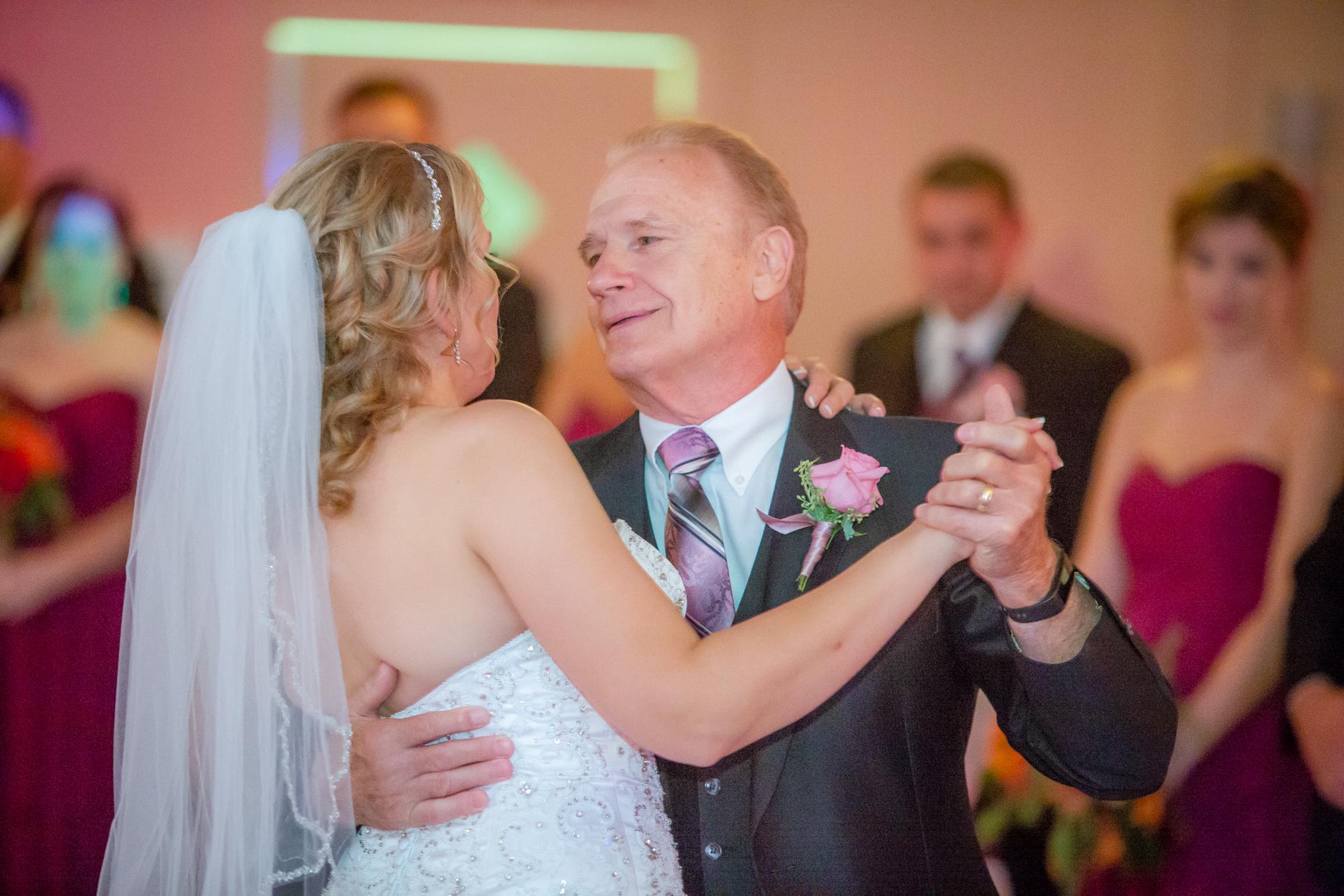 Holiday-Inn-Elmira-NY-Wedding-8135.jpg