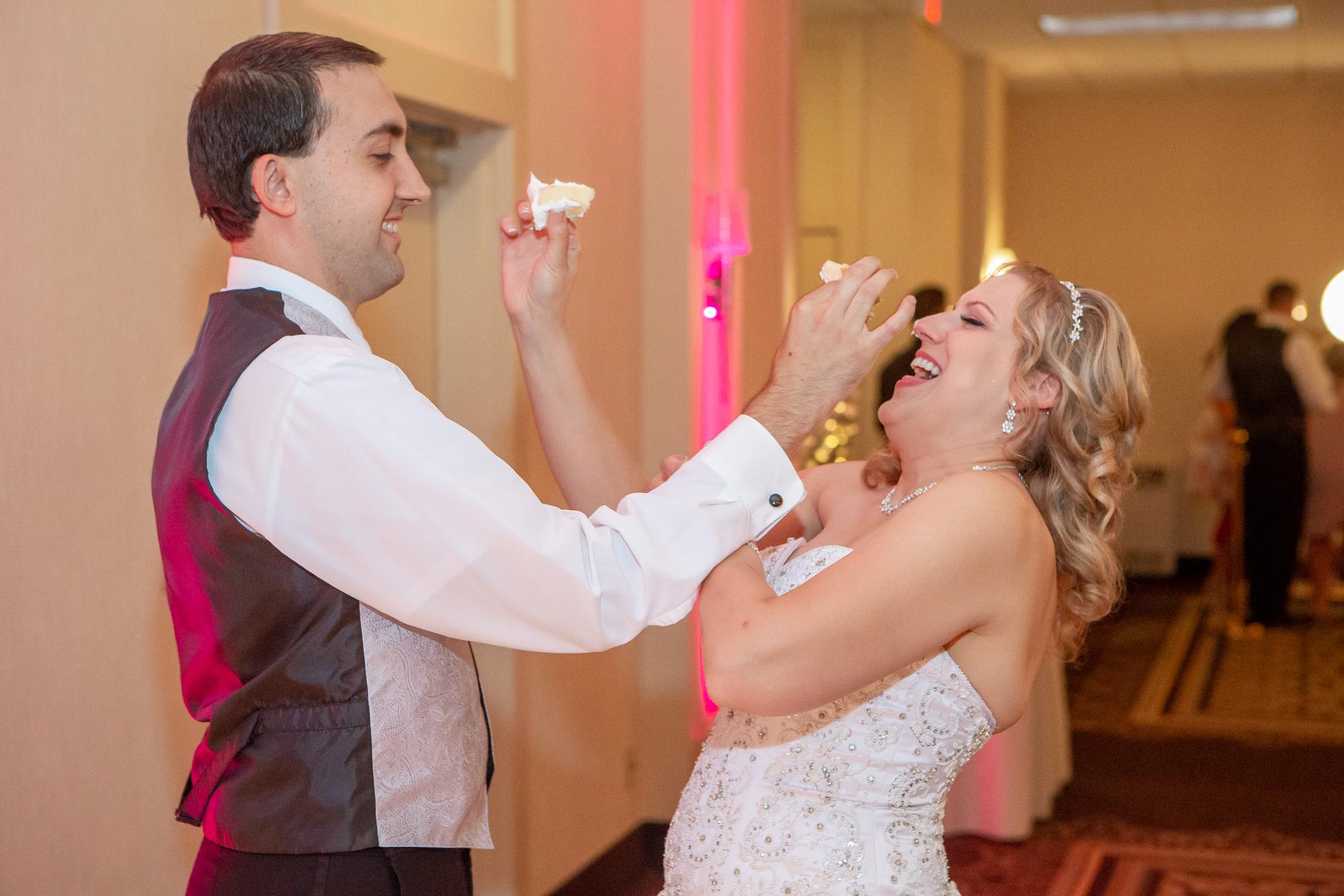 Holiday-Inn-Elmira-NY-Wedding-8263.jpg