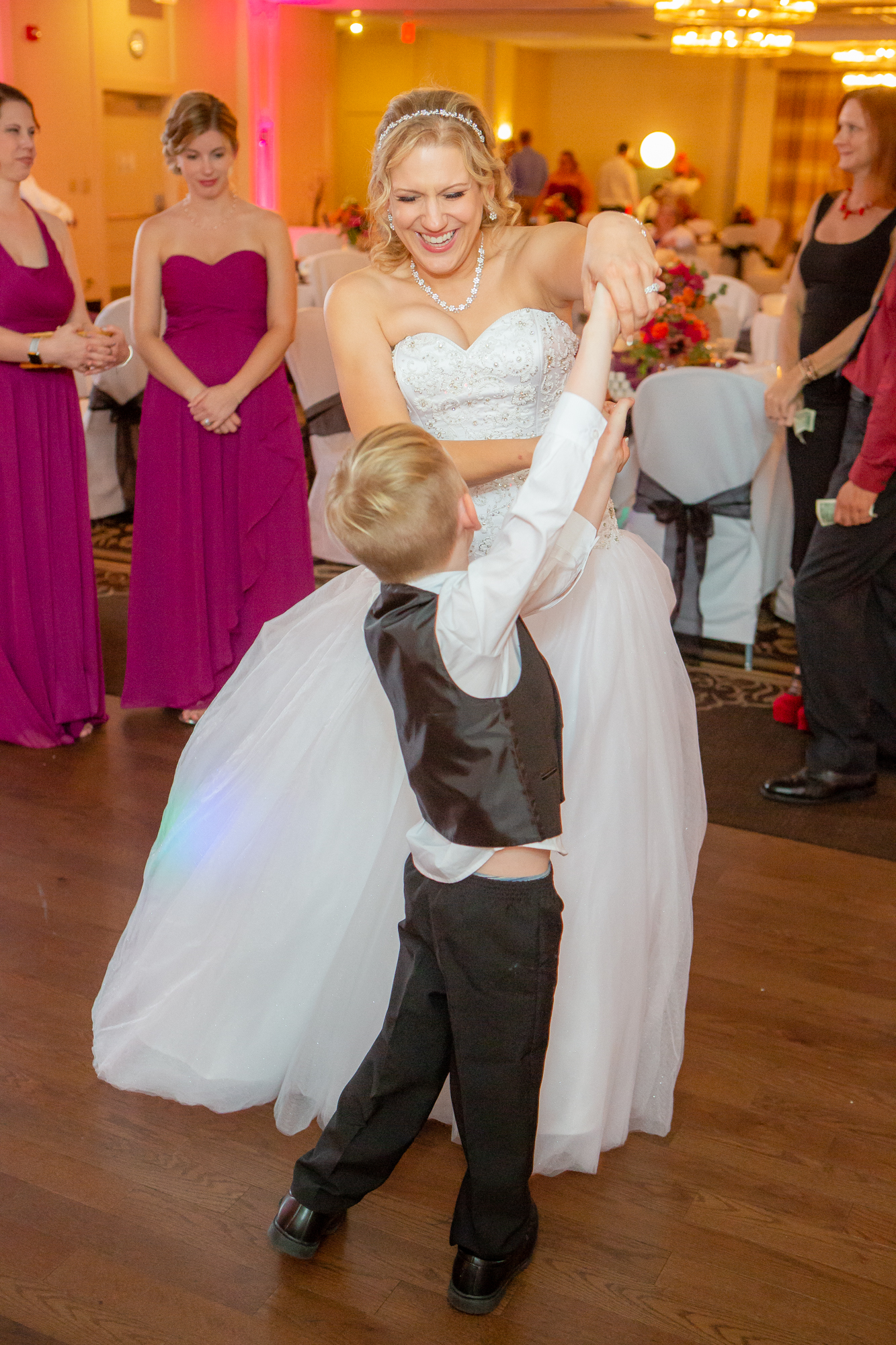 Holiday-Inn-Elmira-NY-Wedding-8361.jpg