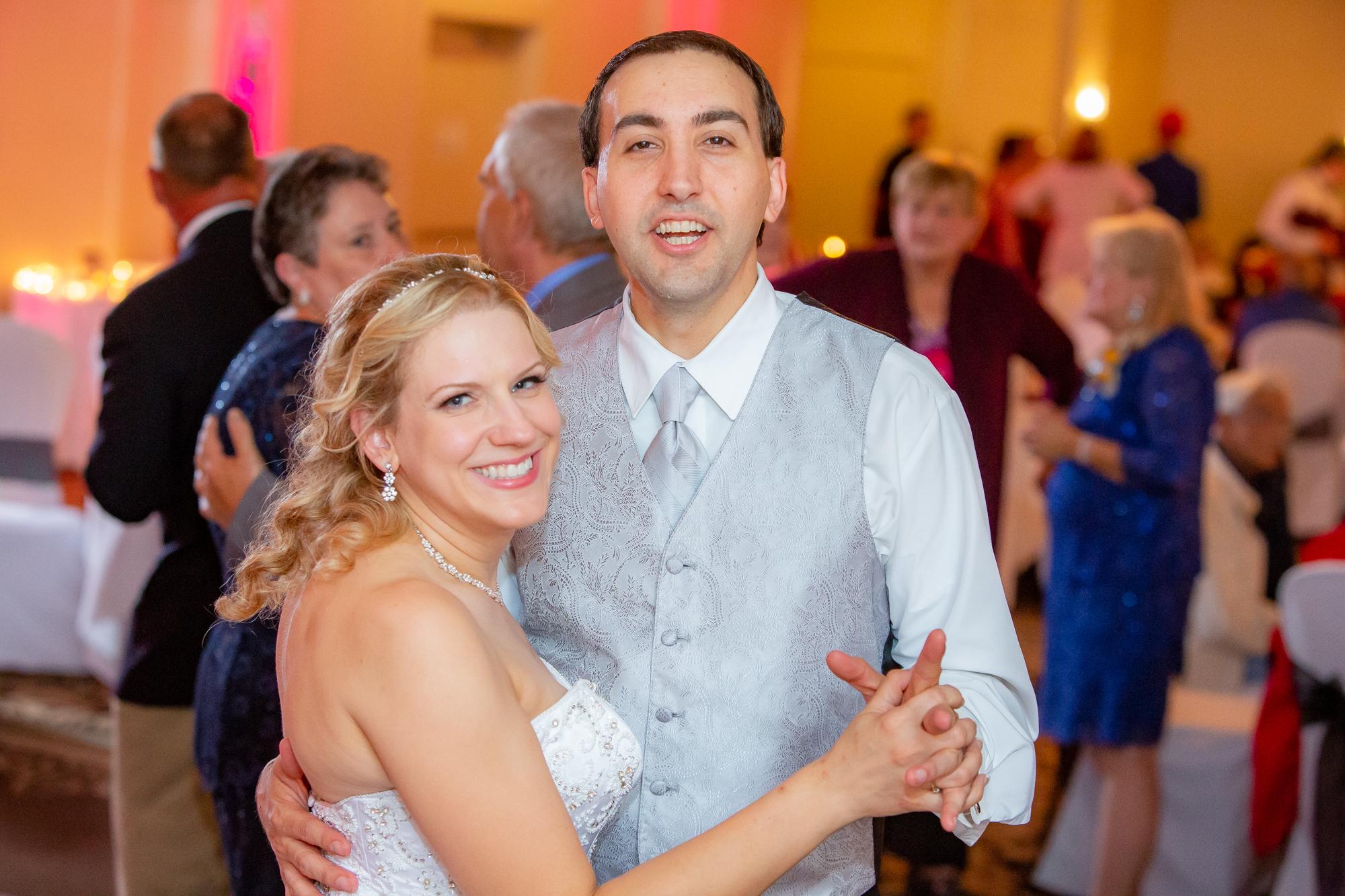 Holiday-Inn-Elmira-NY-Wedding-8487.jpg