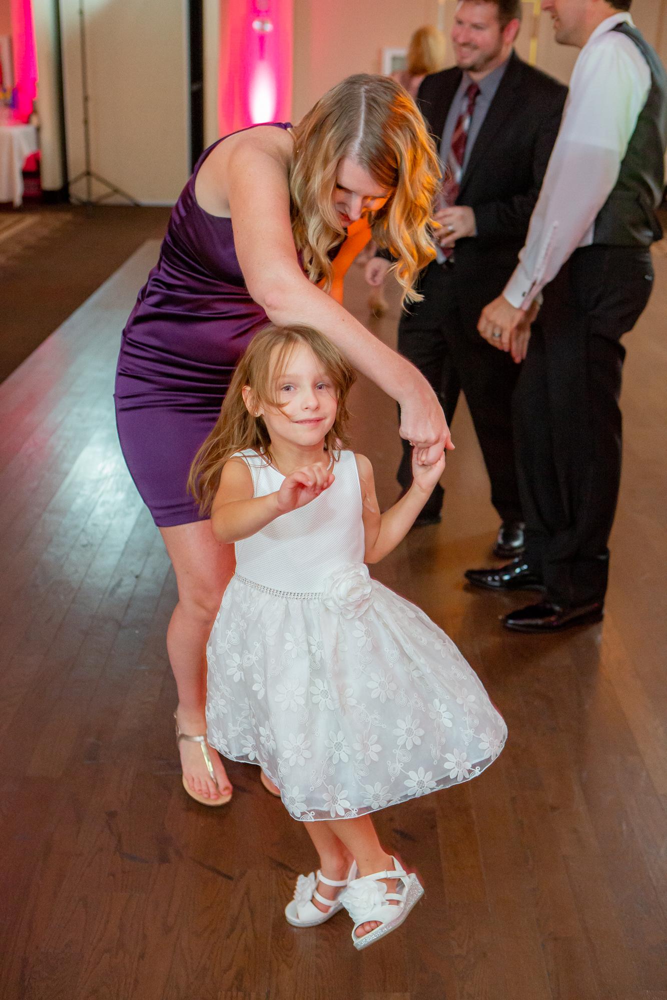 Holiday-Inn-Elmira-NY-Wedding-8523.jpg