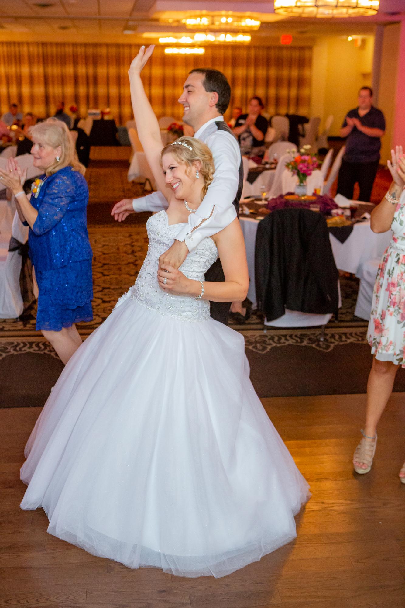 Holiday-Inn-Elmira-NY-Wedding-8577.jpg