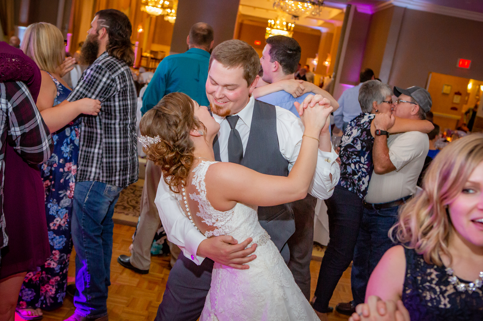 Genetti-Hotel-Williamsport-PA-Wedding-3320.jpg