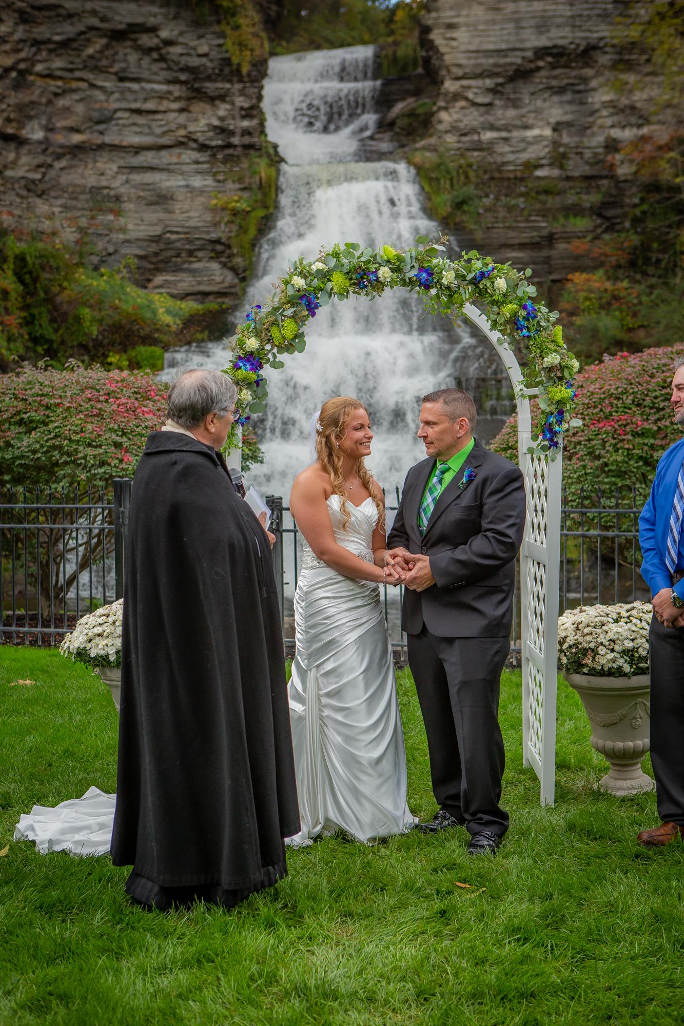 Raddison-Hotel-Corning-NY-Wedding-3863.jpg