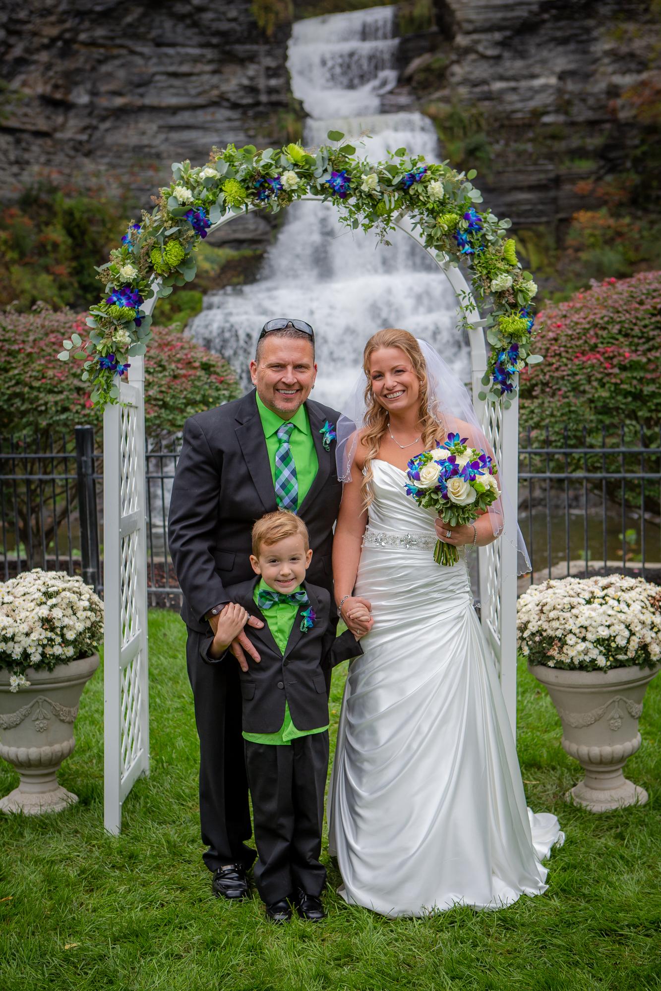 Raddison-Hotel-Corning-NY-Wedding-3975.jpg