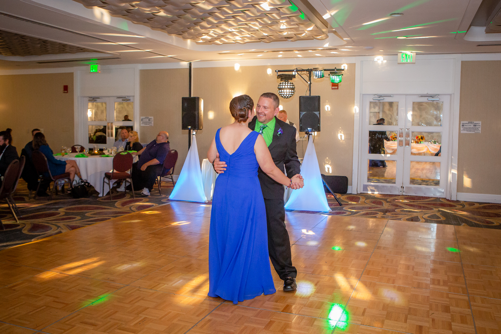 Raddison-Hotel-Corning-NY-Wedding-4462.jpg