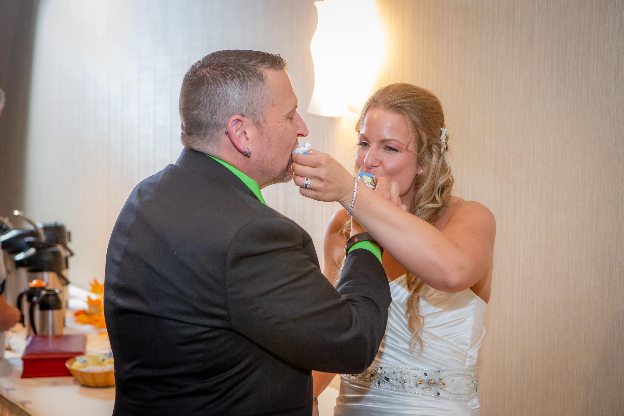 Raddison-Hotel-Corning-NY-Wedding-4559.jpg