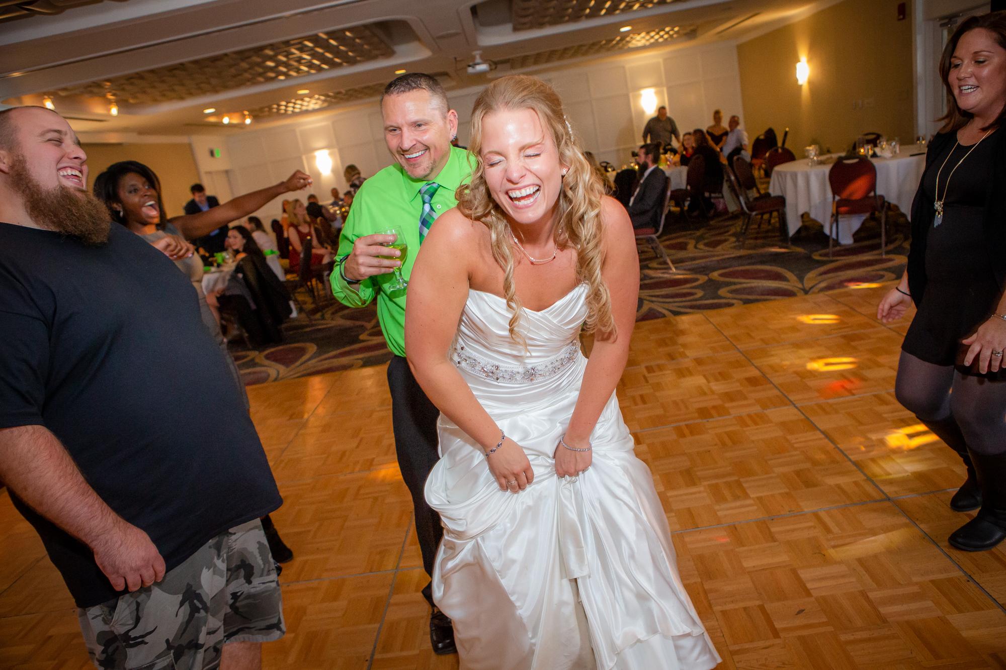 Raddison-Hotel-Corning-NY-Wedding-4738.jpg