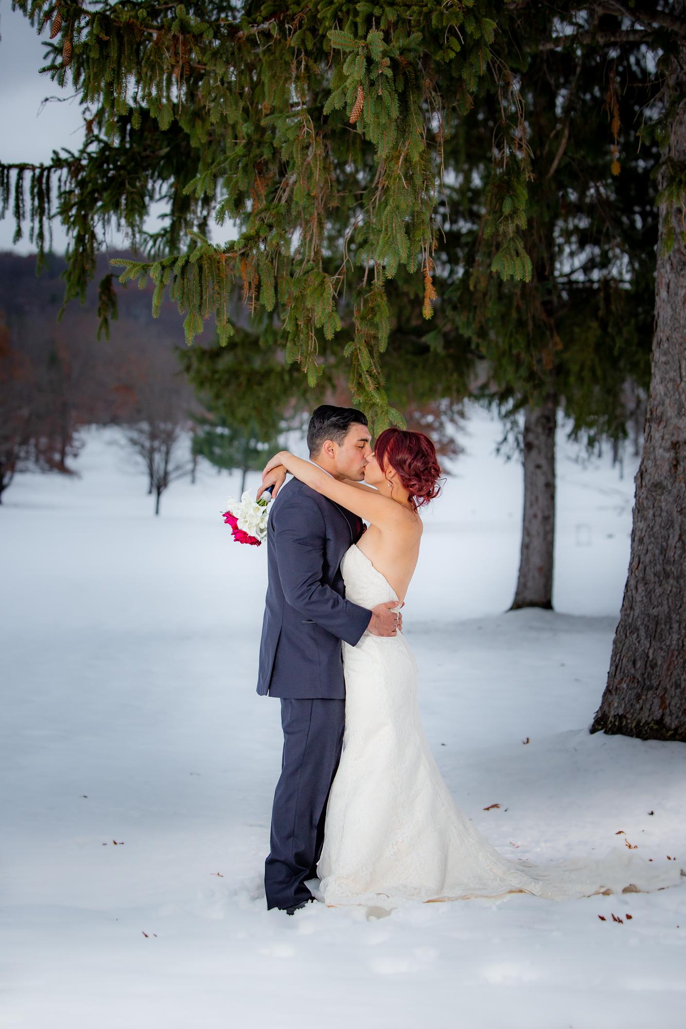 Elmira-Country-Club-Wedding-8691.jpg