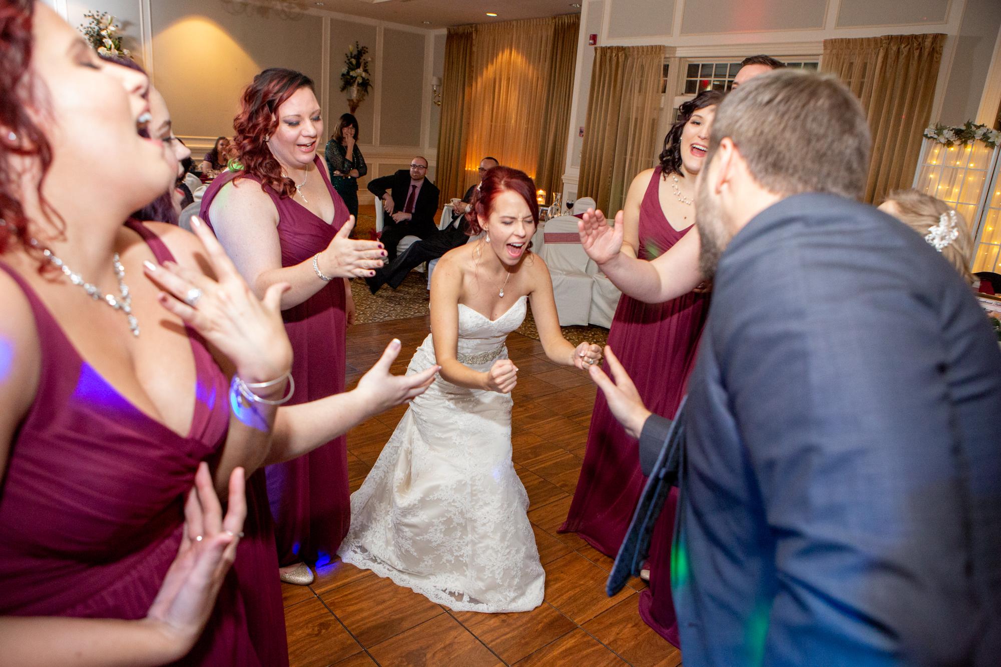 Elmira-Country-Club-Wedding-9059.jpg