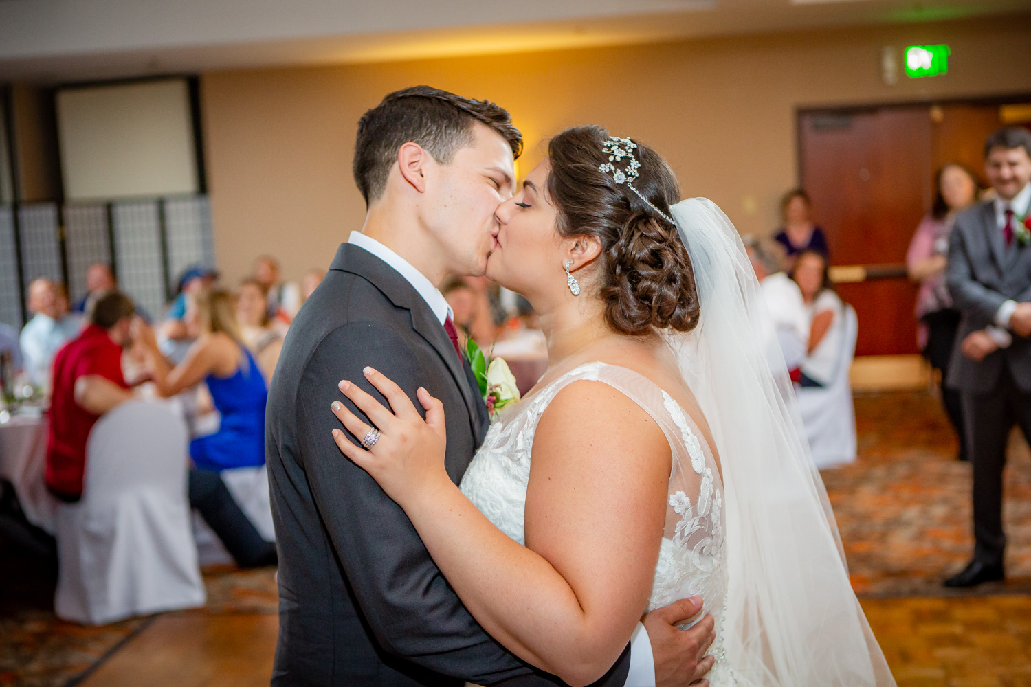Finger-Lakes-Wedding-Photographer-Joe-Hy-Owego-NY-7874.jpg