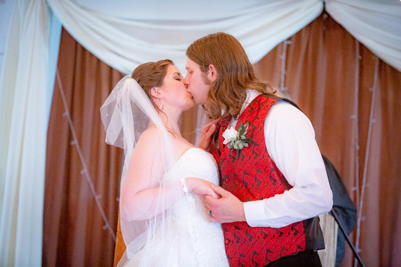 Wedding Photographer - Joe Hy - Finger Lakes of New York