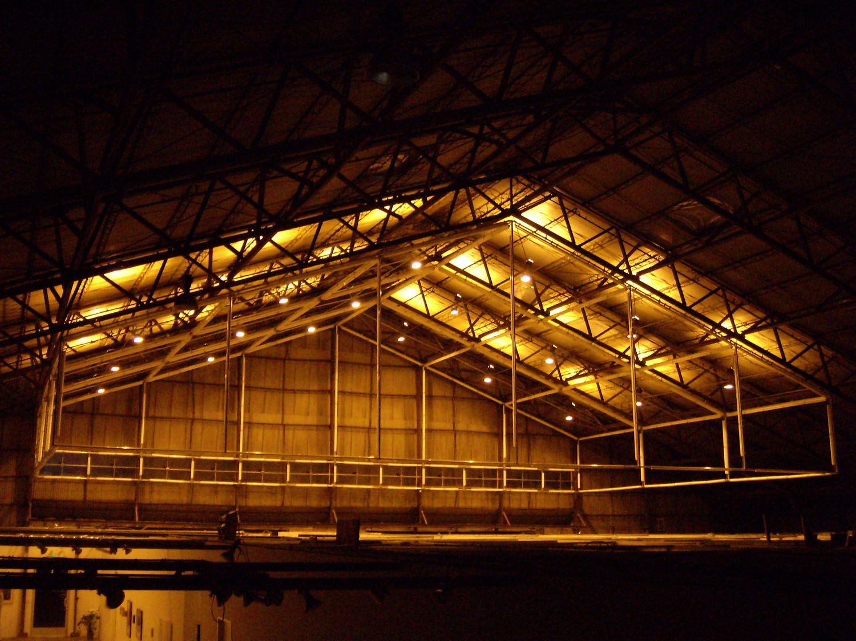 lighthangar_1487.jpg