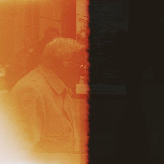 Light On, Light Off #35mm #Firstoftheroll . . . . . . #ishootfilm#filmisnotdead#back2thebase#analogphotography#bleachmyfilm#shootfilm#staybrokeshootfilm#thefilmcommunity#vsco#fdicct#analogphotography#heyfsc#filmphotography#vscofilm#portracurated#subjectivelyobjective#rentalmag#subjectivelyobjective#paperjournalmag#paradisexmagazine#oftheafternoon#somewheremagazine#lekkerzine#verybusymag#misomultiples#everybodystreet#lensculturestreets#photofilmy#thefilmcommunity#grainisgood#vsco
