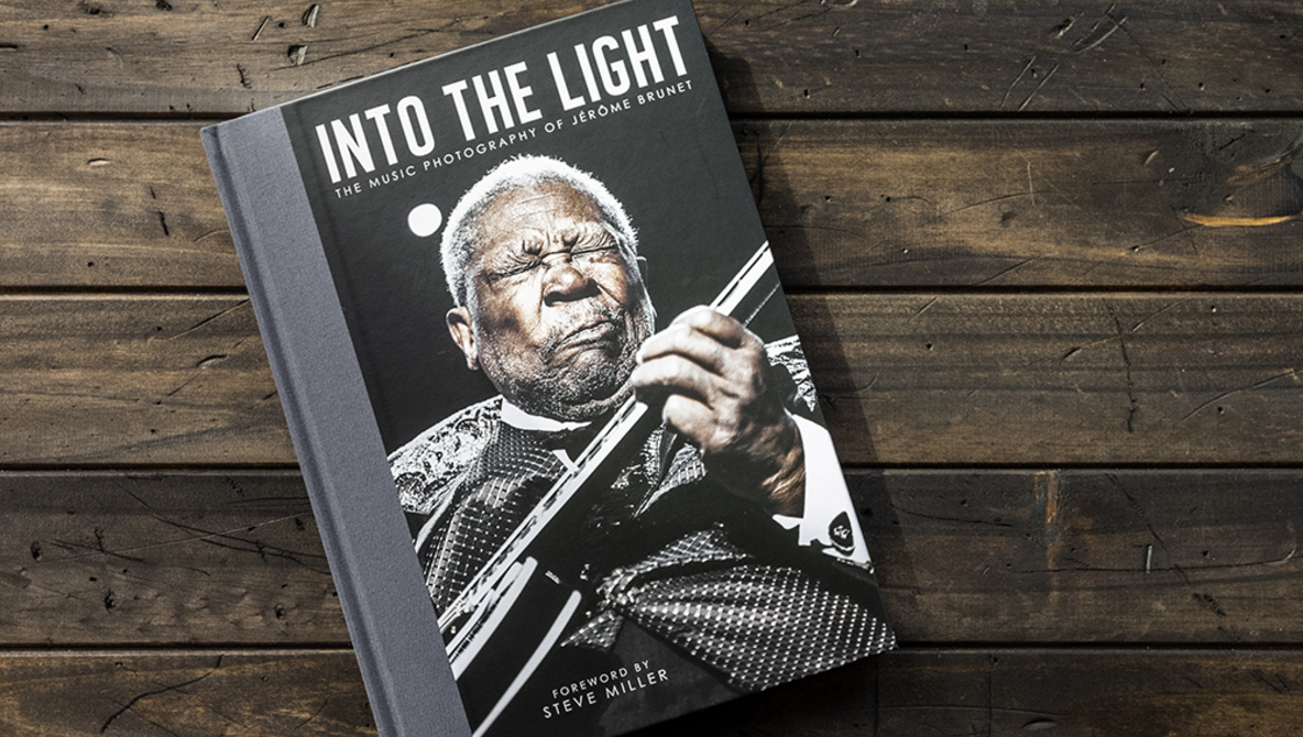 jerome_brunet_into_the_light_music_photography_book_2.jpg