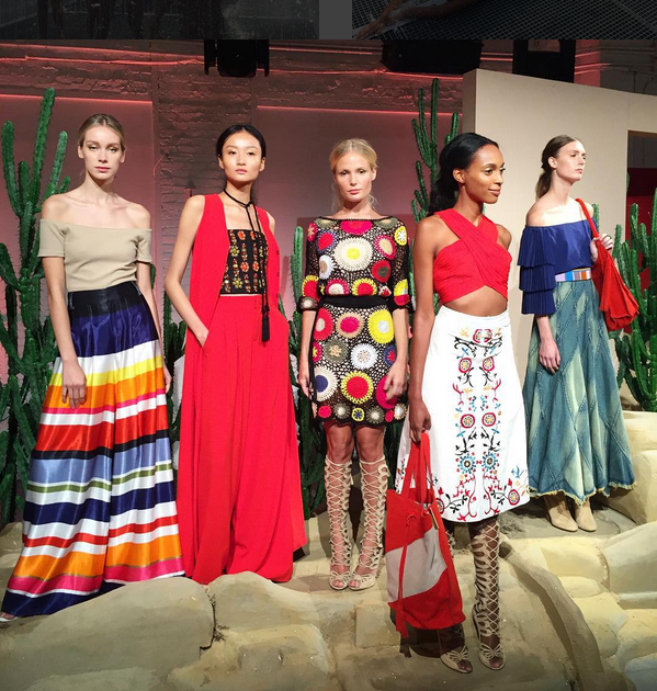 Fashion tableau at Alice + Olivia. Photo by me.