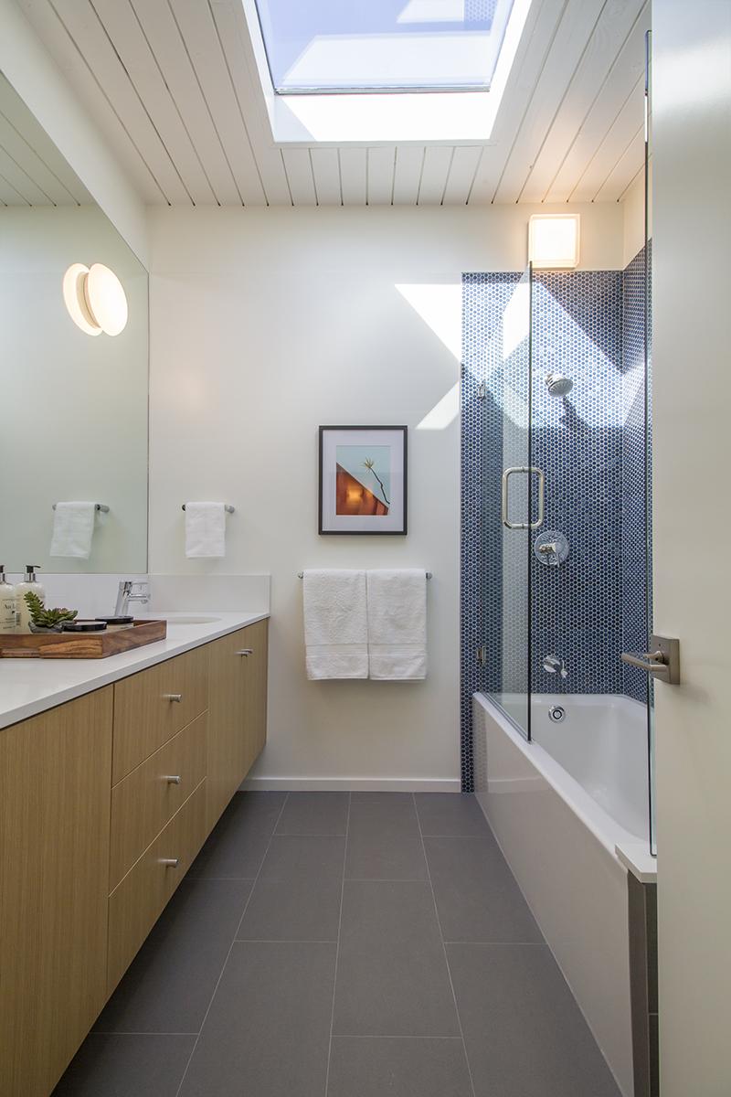 24 Bath 2 from doorway with skylight 2.jpg