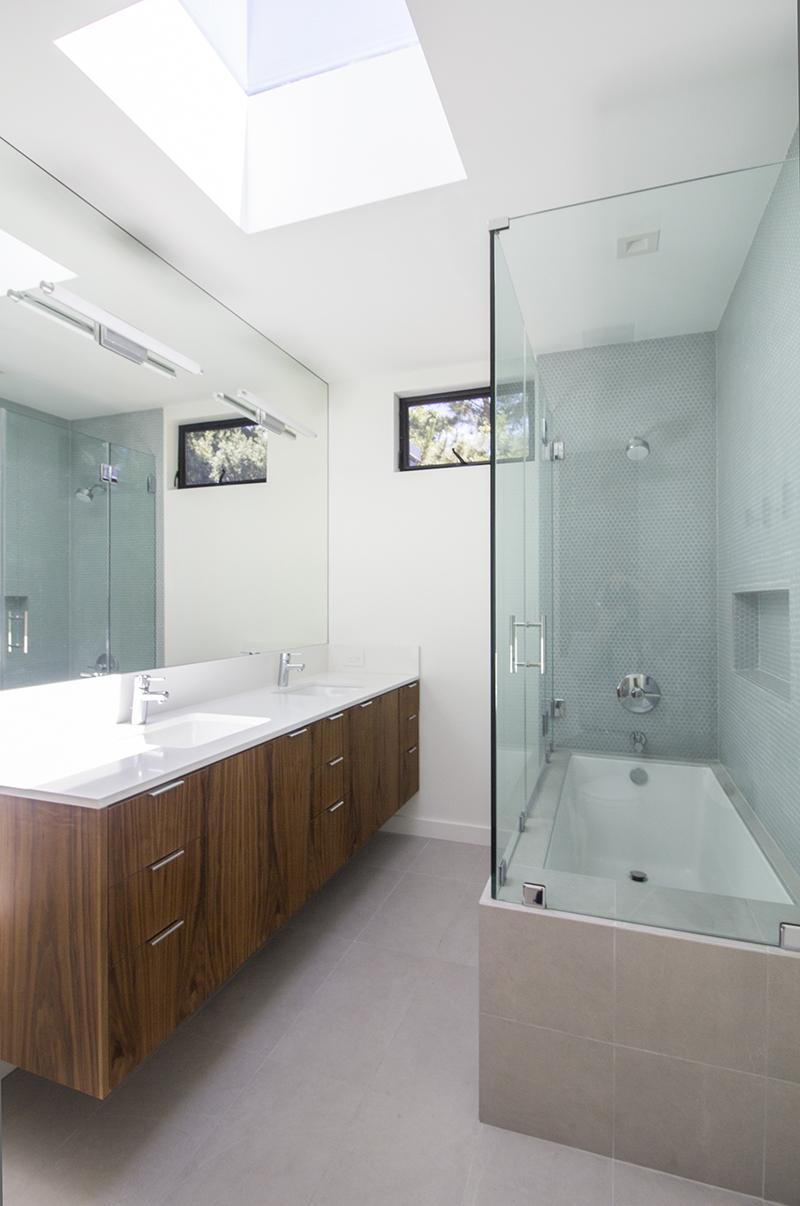 18 Bath 2 vertical from southeast corner.jpg
