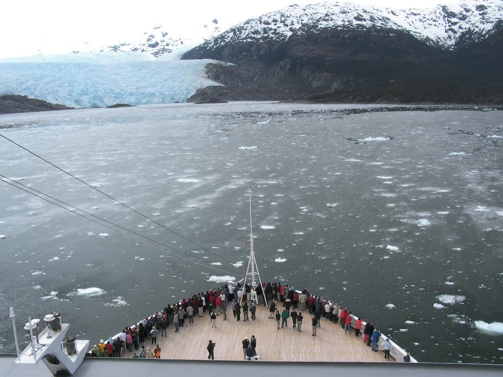 1-Amilia-Glacier.jpg