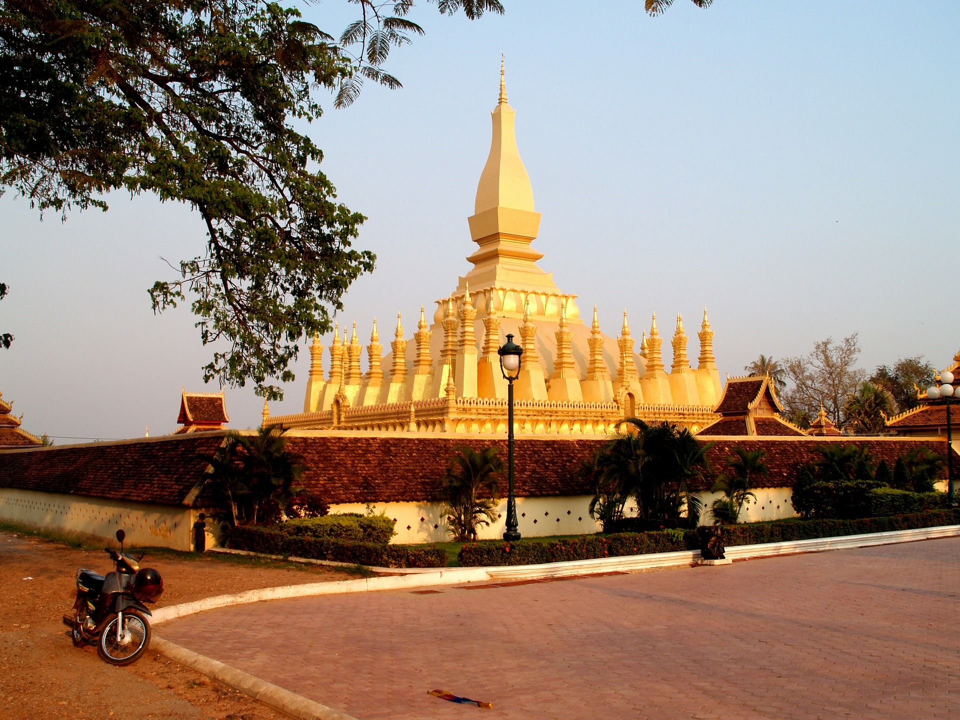 Vientiane City tour.jpg