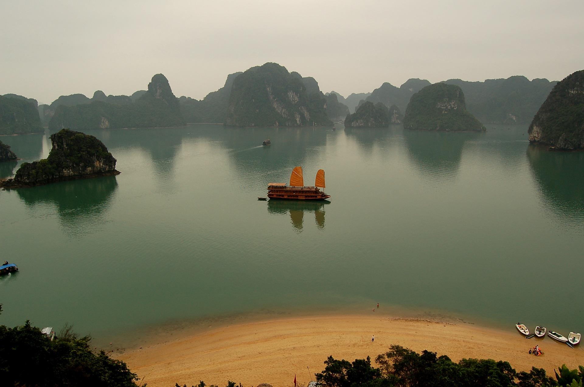 vietnam-2672163_1920.jpg