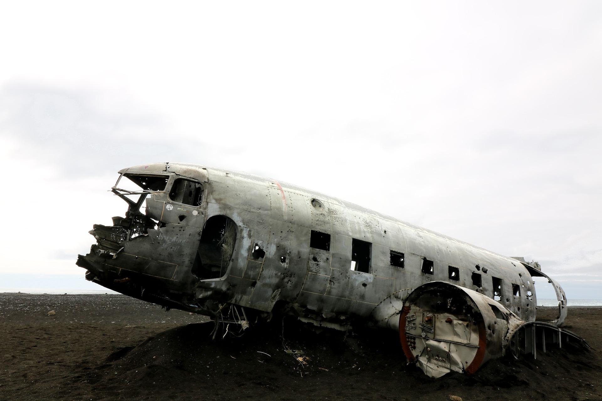 aircraft-1506313_1920.jpg