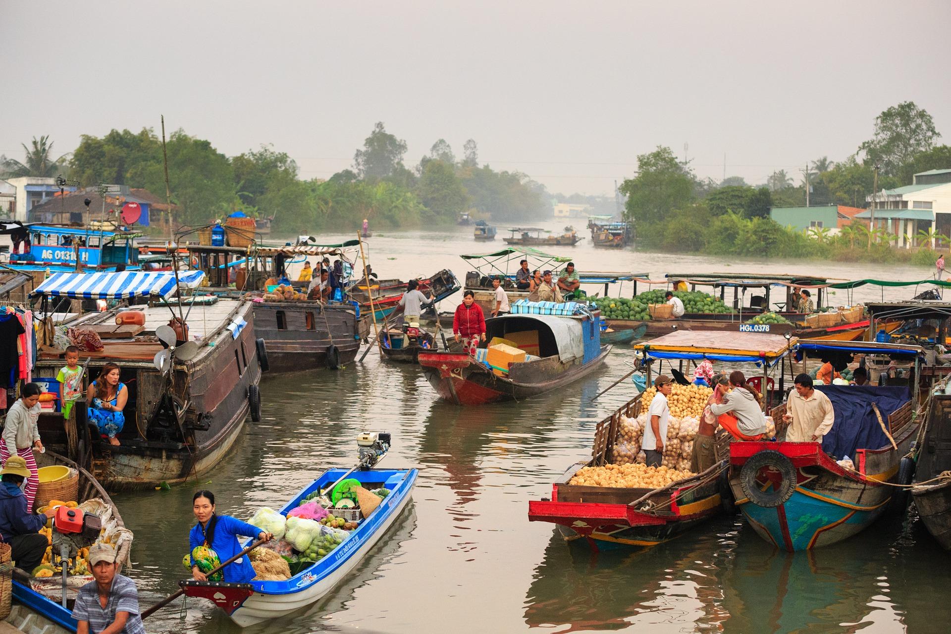 floating-market_Mekong Delta_Vietnam.jpg