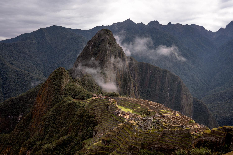 Best-Things-To-Do-In-And-Around-Cusco-Peru-Machu-Picchu03-1.jpg
