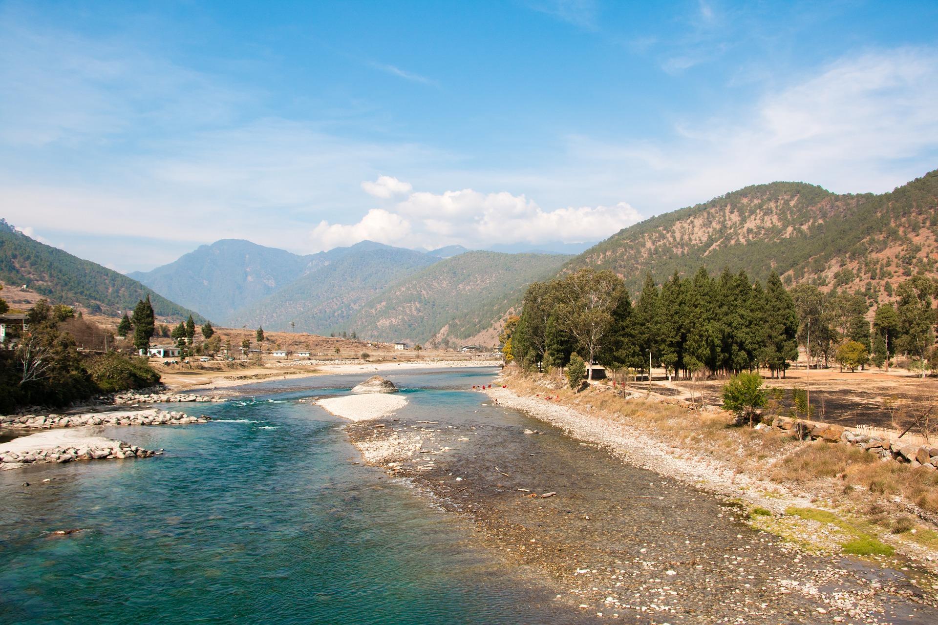 bhutan-2817362_1920.jpg