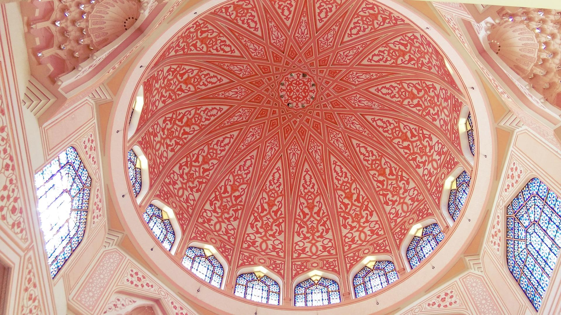 mosque-2942363_1920.jpg