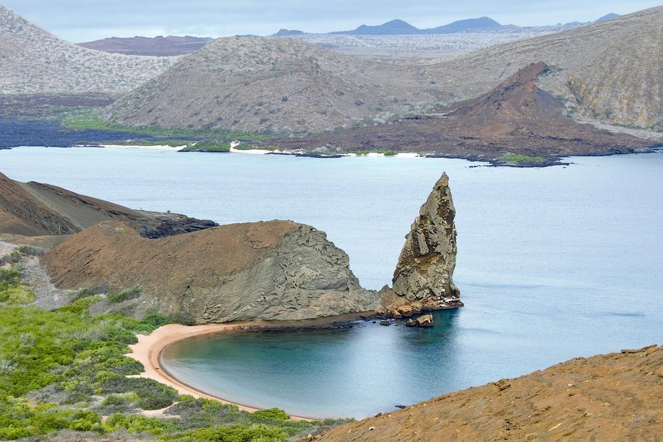 galapagos-islands-2419239_960_720.jpg