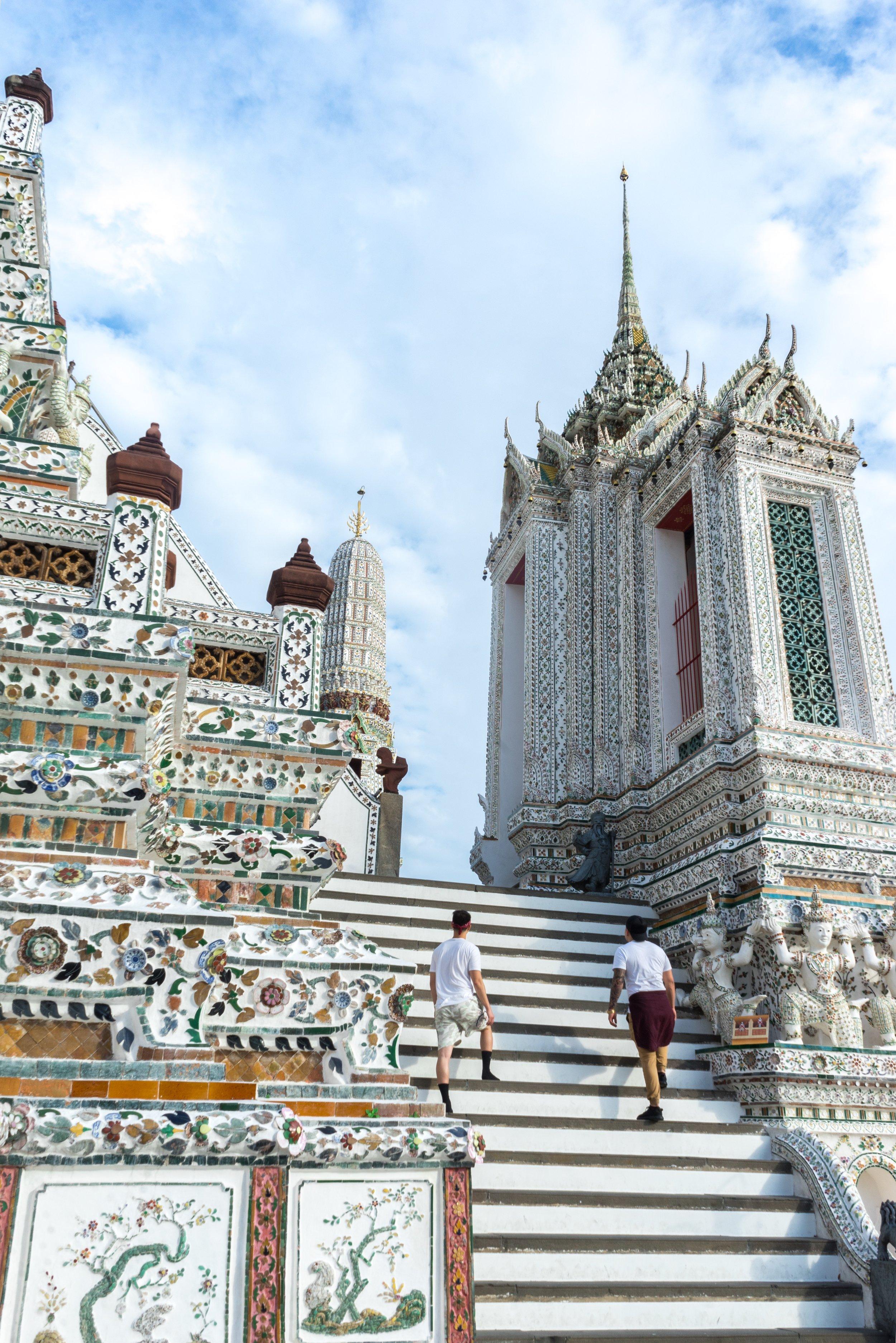 Bangkok tourists.jpg