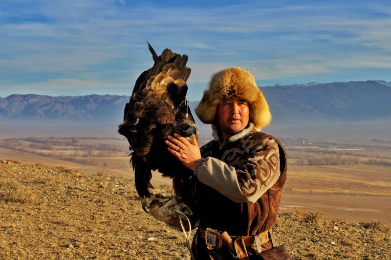 five-things-kazakhstan-falconry.jpg