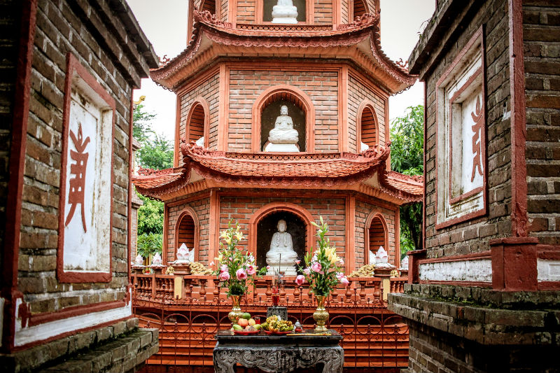 vietnam-cultural-adventure-hanoi-shrine.jpg