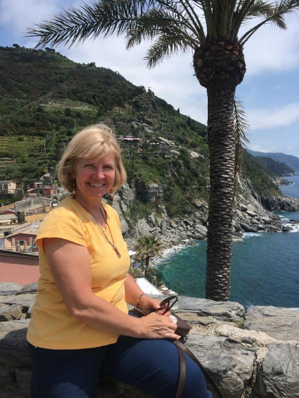traveler-review-cinque-terre-donna-beach.jpg