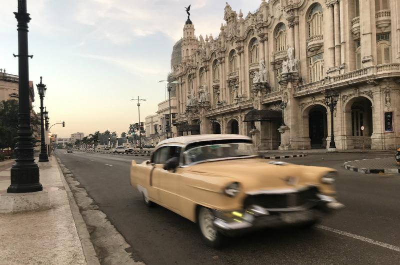 sunrise-walk-old-havana-vintage-car-capitol.jpg
