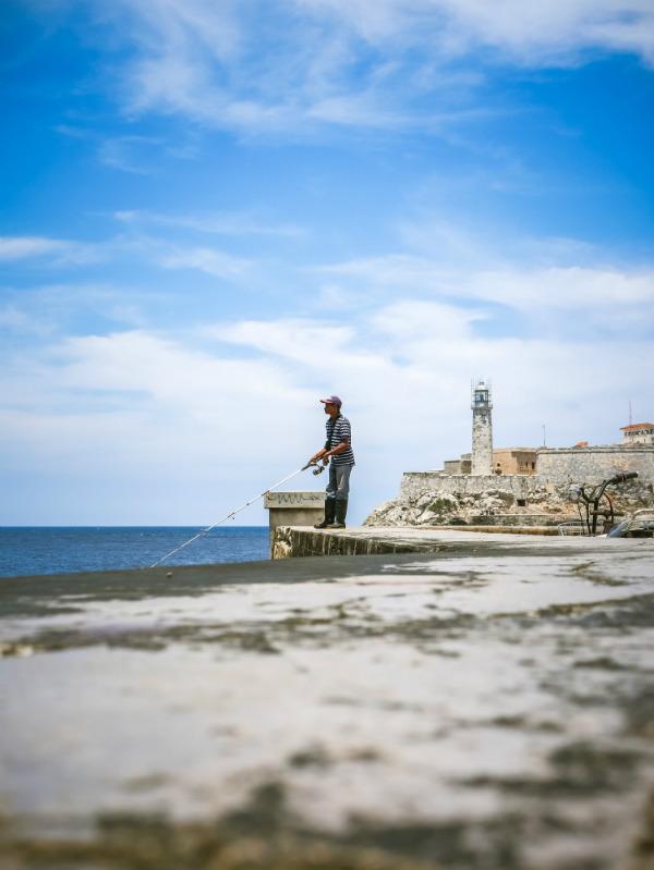 day-trip-to-havana-malecon-fishing.jpg