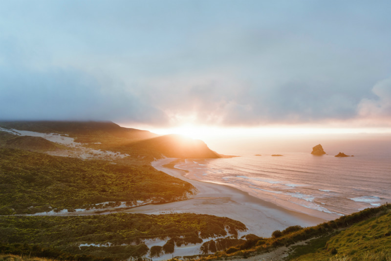 top-things-to-do-in-new-zealand-beaches.jpg