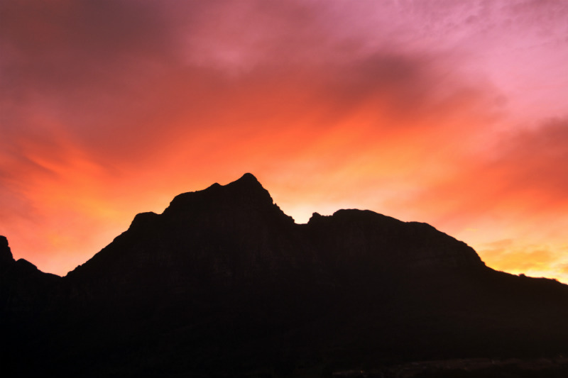 south-african-cities-and-safaris-mountain.jpg